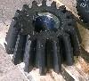 Завод Горных Машин г. Орск производит Шестерня коническая 2-74259 Применение: Входит в состав дробилки конусной КМД/КСД-1200. В вал приводной черт. № 1-112900СБ. Назначение: Служит для передачи крут ...